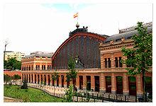 Mit-dem-Bus-oder-der-Bahn-nach-Spanien-reisen